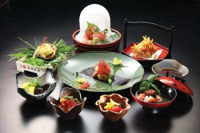 Complimentary fish head or dessert of the day with a minimum spend of RM150 in a single receipt* at Ishin Japanese Dining